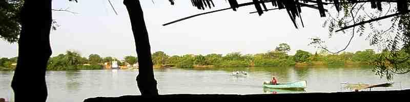 Президент Гамбия заявляет, что страна провозглашается Исламской республикой